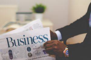 Własna firma i umowa o pracę – składki ZUS