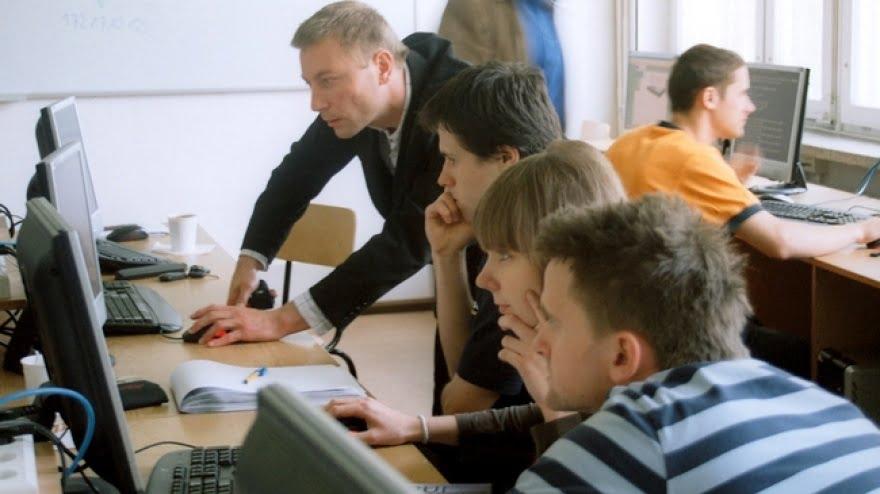 """""""Małe inicjatywy"""" szansą na pracę dla młodych Małopolan"""