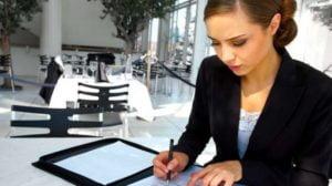 Chcesz założyć własną firmę albo wrócić na rynek pracy?