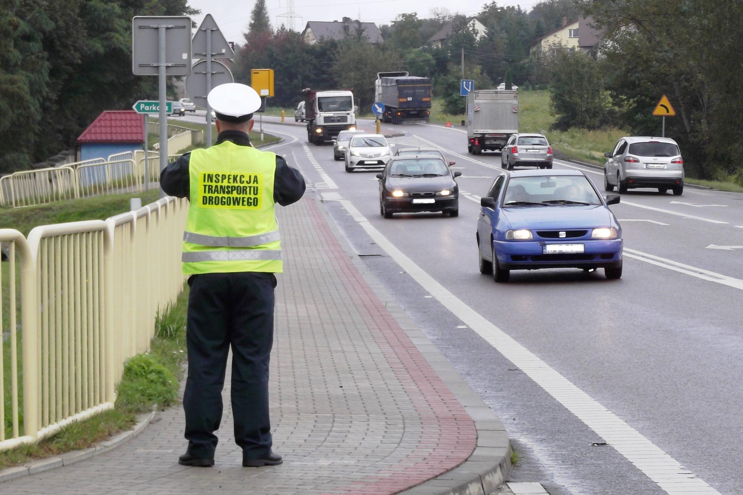 Kontrole Czasu Pracy Kierowców bez zatrzymywania pojazdów. Już od  od 2019 roku
