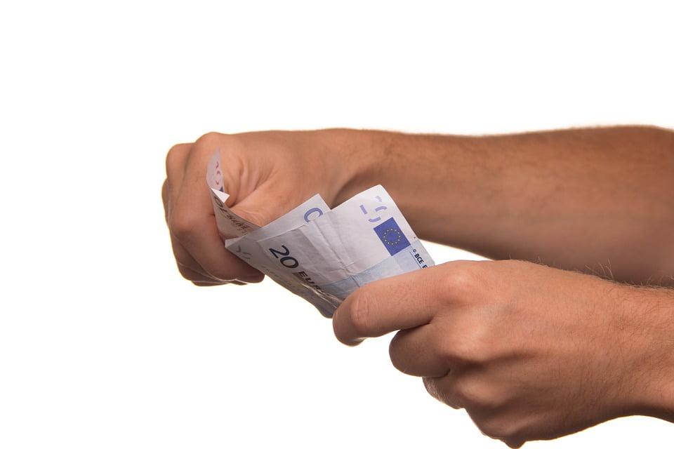 Limit na płatności gotówkowe