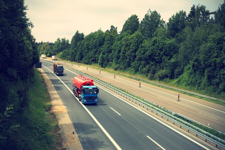 Samochody ciężarowe w firmie