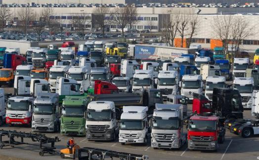 Jeszcze tylko 3 dni pozostały do zgłaszania wniosków o zwrot nadpłaty za nabyte samochody ciężarowe w związku ze zmową cenową kartelu producentów samochodów ciężarowych