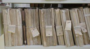 """Dokumenty w aktach osobowych – przechowywanie """"nadmiarowych"""" dokumentów"""