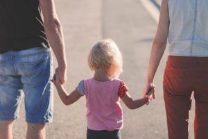 4 miesięczny urlop rodzicielski – Unia Europejska pracuje nad nowym projektem ustawy.