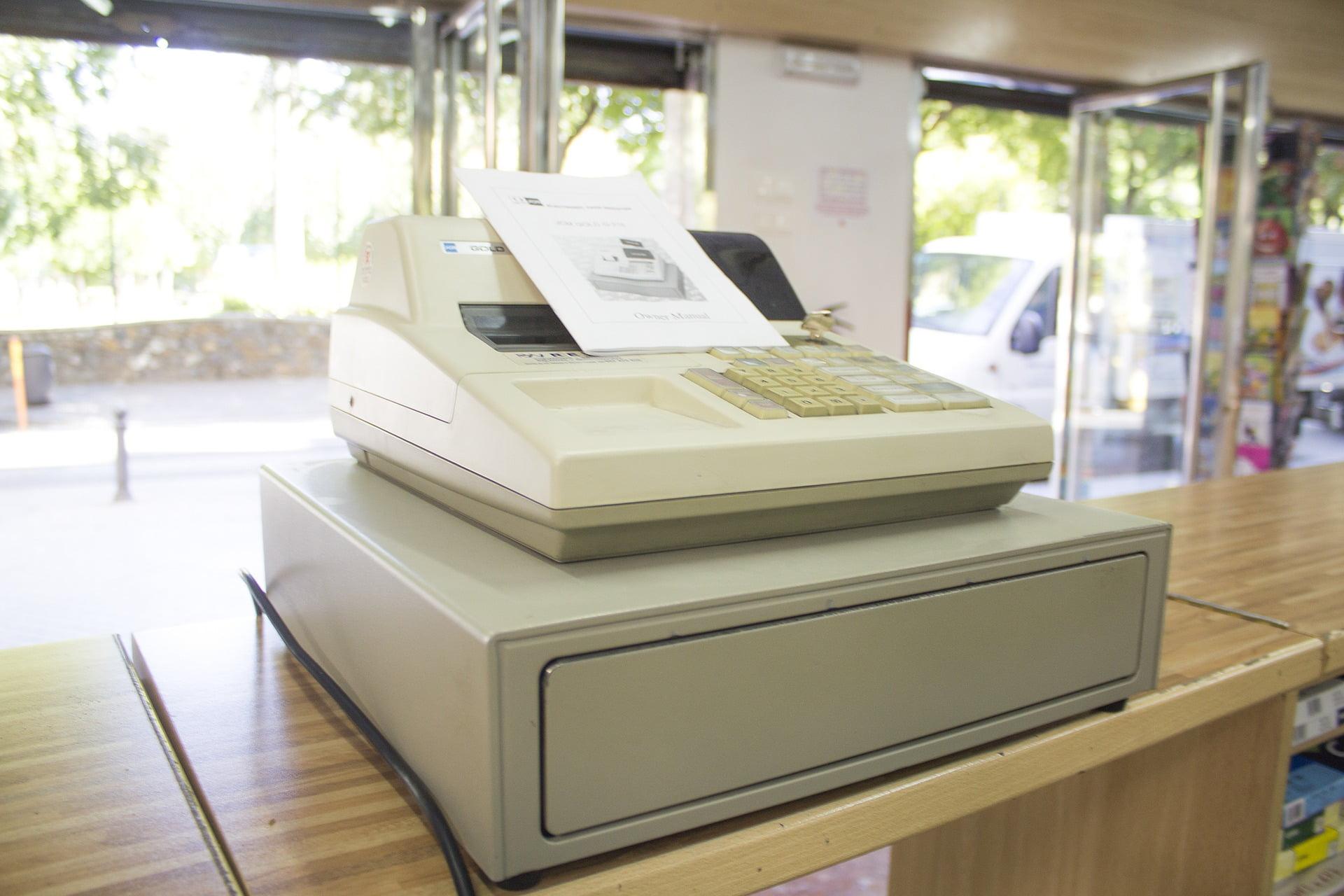 Wymiana starych kas fiskalnych na kasy online – jakie obowiązki ma podatnik?