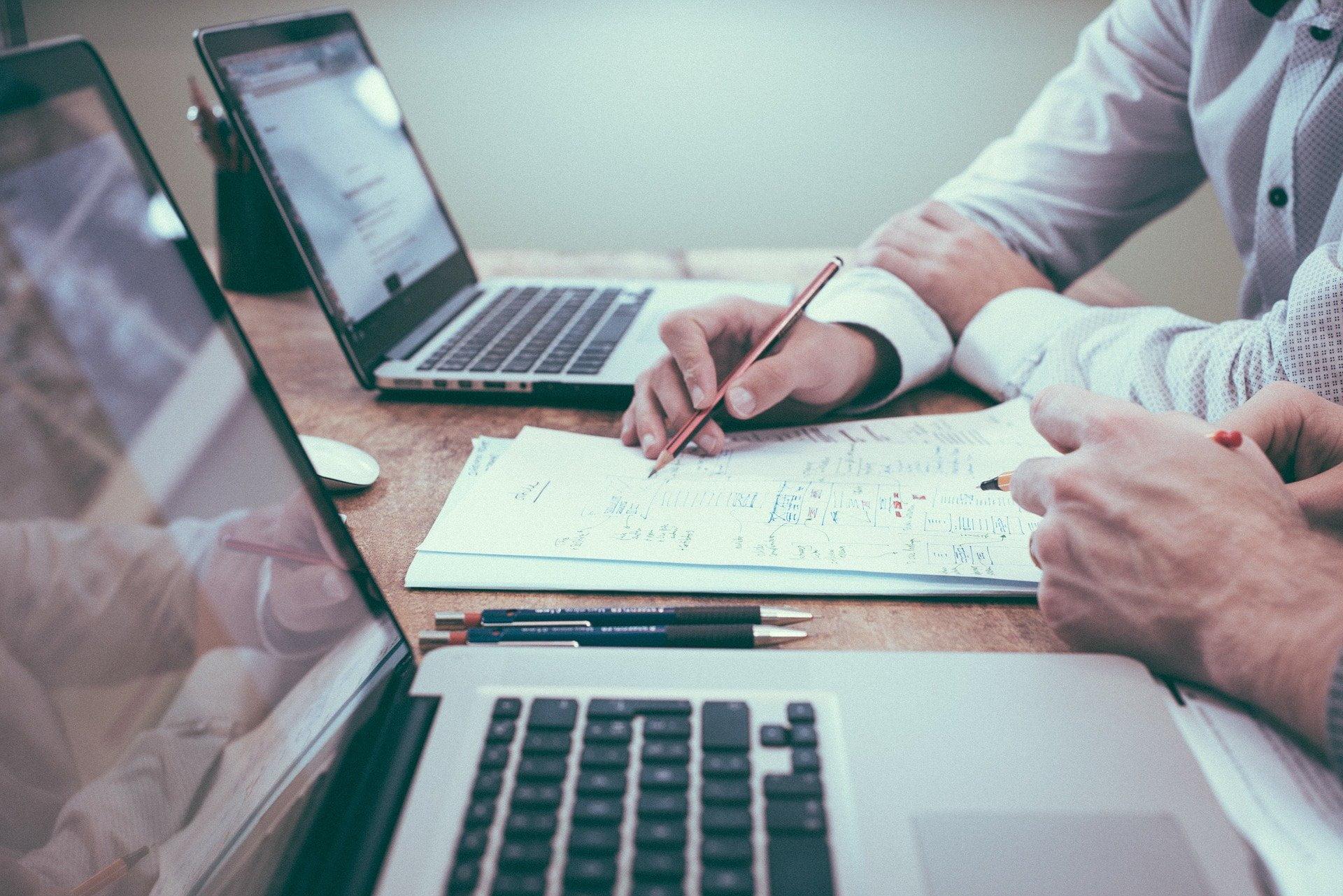 Jak założyć działalność gospodarczą? Formularz CEIDG krok po kroku